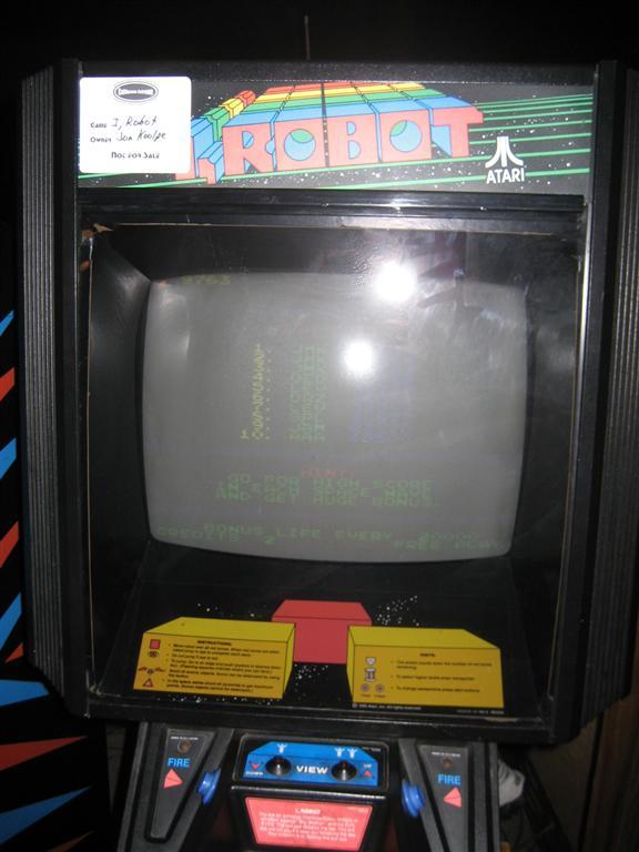 I Robot Standup Arcade